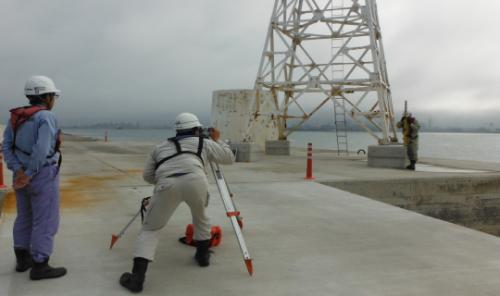 付帯工:灯台移設出来形検査状況