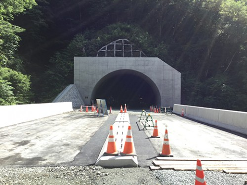 与部沢トンネル終点側